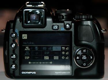 OlySP570back.jpg