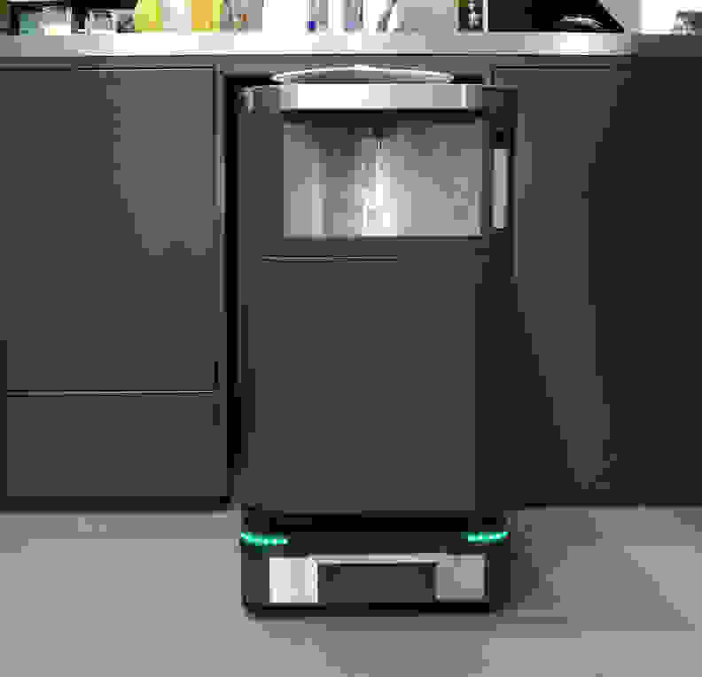Beer and wine robot