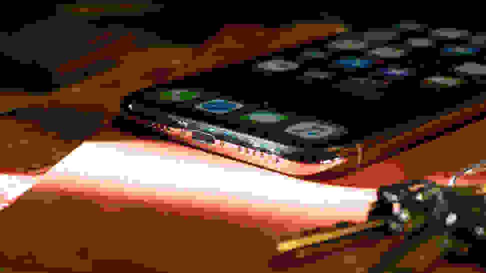 Apple iPhone X Lightning Port