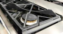 The GE Monogram ZDP364NDPSS burner