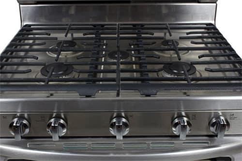 KitchenAid-KGRS308BSS-Burners-1.jpg
