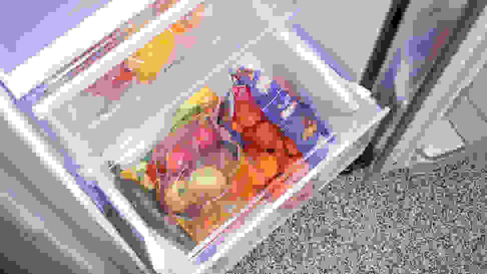 LG-LSXS26366S-crisper-drawer