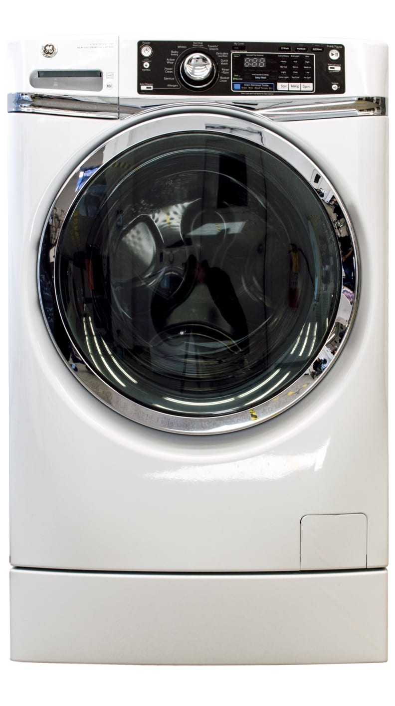 The built-in pedestal makes the GE GFWR2700HWW tower over other washers.