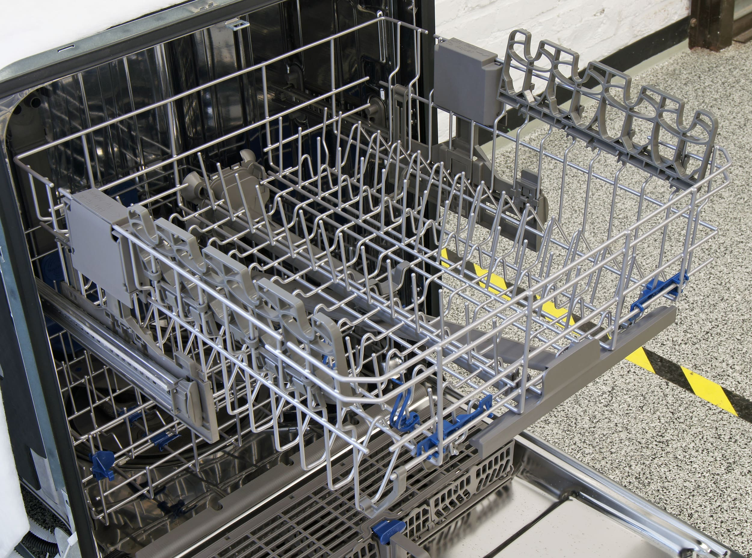 Whirlpool WDT920SADM top rack
