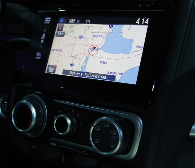 Fit-Infotainment-4.jpg
