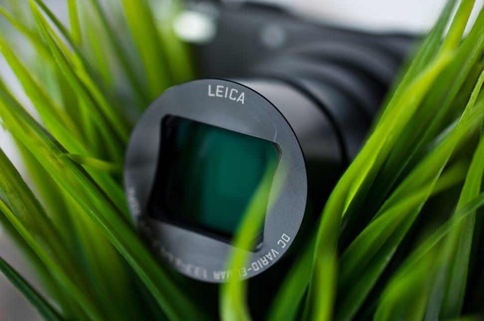Panasonic-ZS40-review-design-lens.jpg