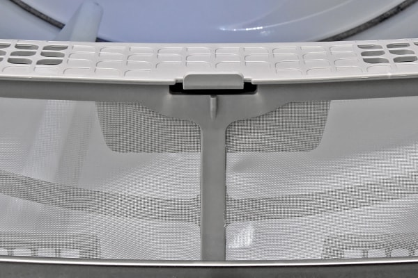 The Whirlpool Cabrio WED8500DC's lint trap is more like a cage than a screen.