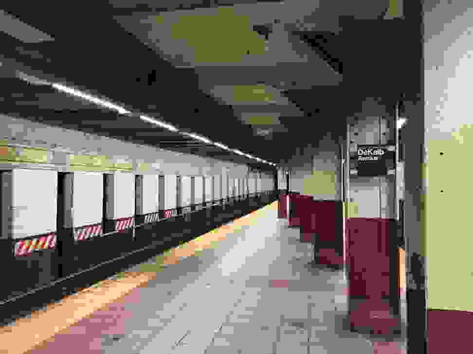 Apple iPhone 6 Subway Sample
