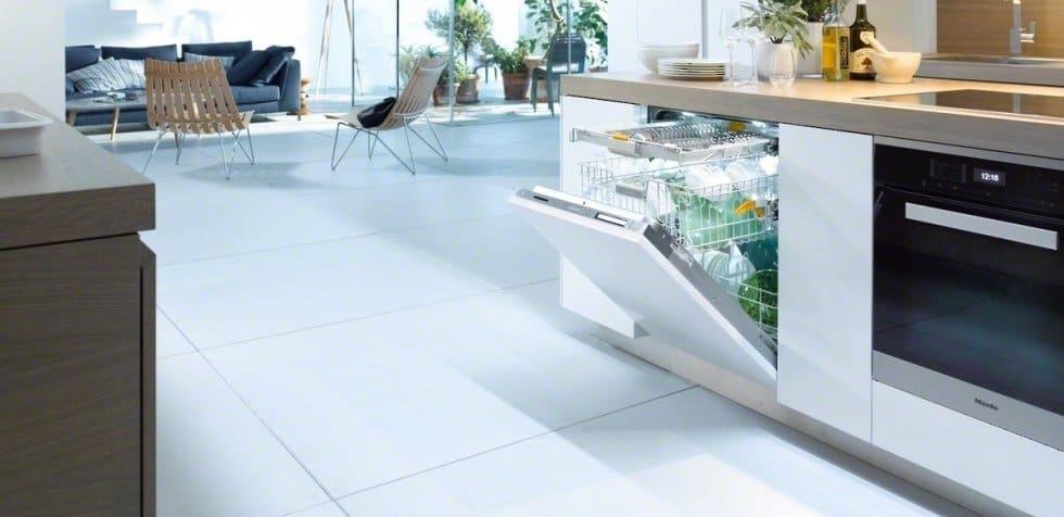 The Miela Futura Lumen dishwasher