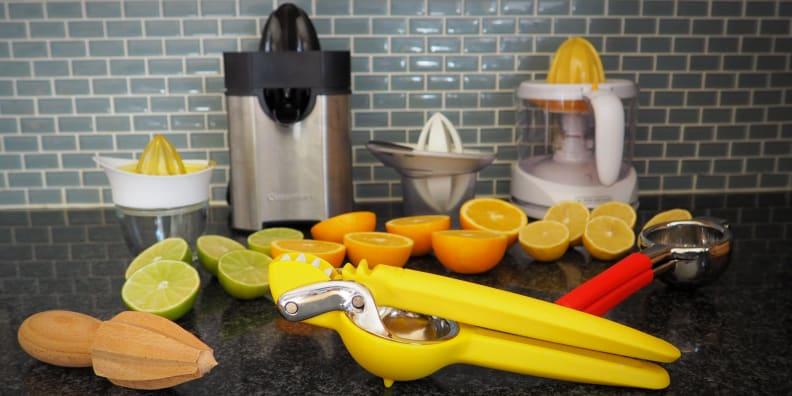 Juice Lemons Limes Oranges Norpro Bamboo Citrus Juicer Handheld Wooden Reamer