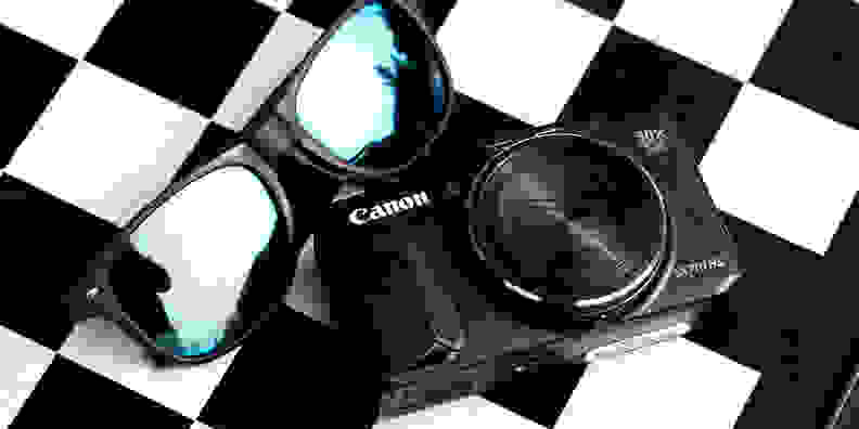 Canon PowerShot SX710 HS checkerboard