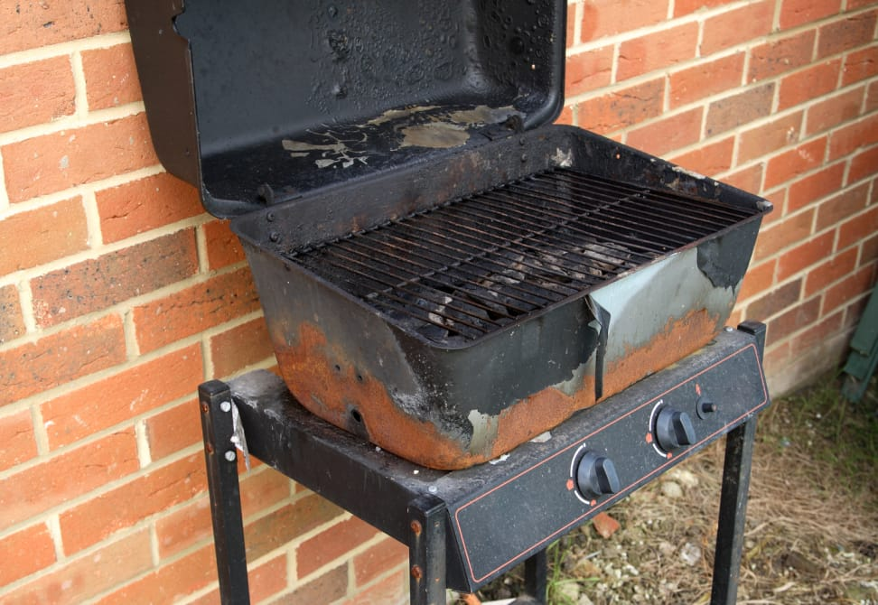 Cheap grill, rusted