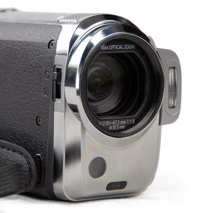 Panasonic_HDC-TM10_Lens.jpg