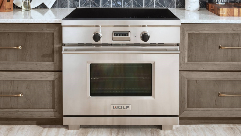 Luxury Ovens: Wolf Induction