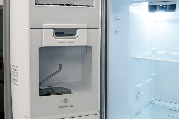 The Kenmore 51783's door-mounted icemaker takes up minimal space and can hold plenty of ice.