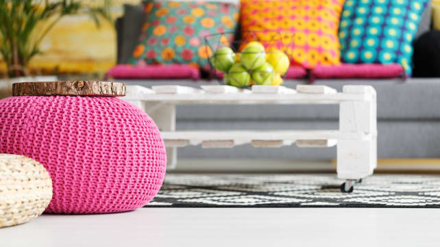 GettyImages-815699058-pink-pouf
