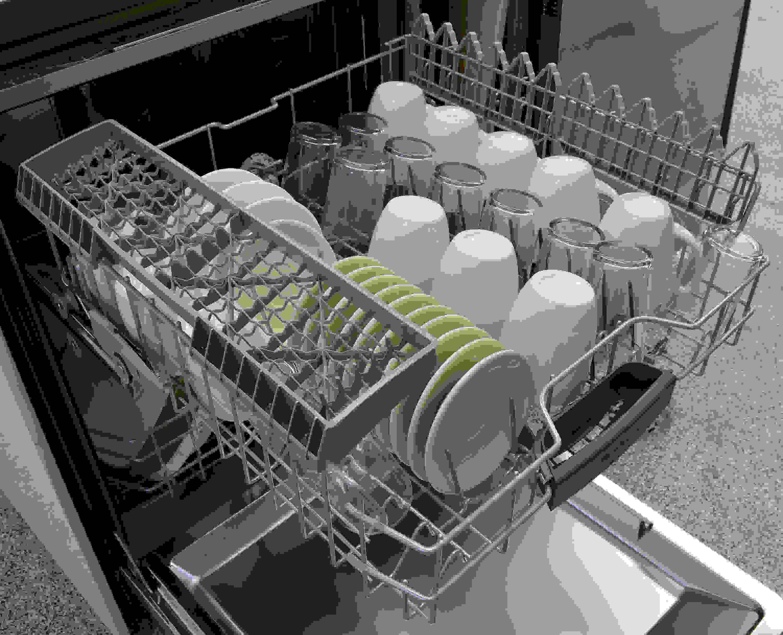 Bosch SHS5AV55UC top rack capacity