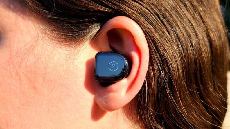 Master & Dynamic MW08 in-ear closeup