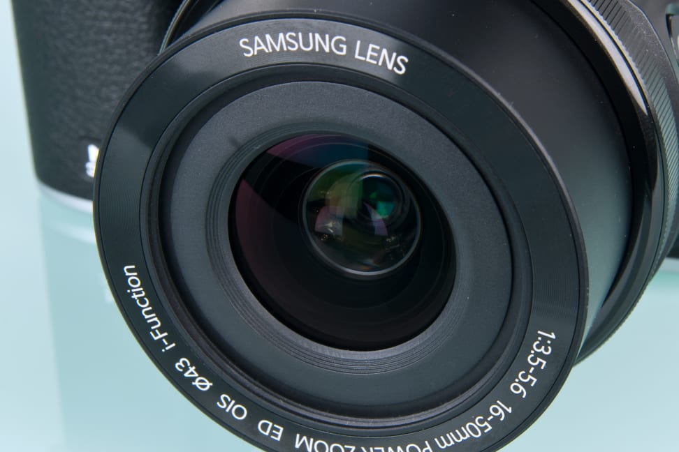 samsung-nx3000-review-design-aperture.jpg