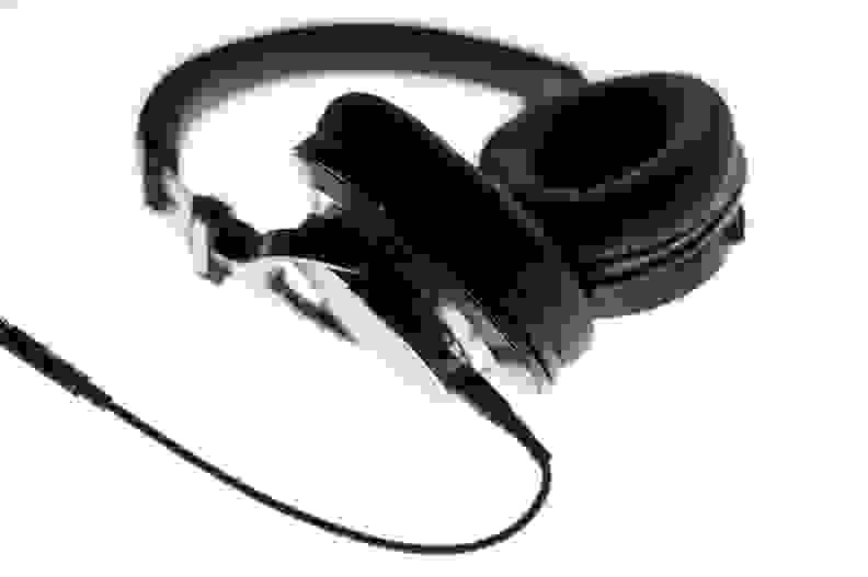 Audio-Technica MSR7NC – B&W