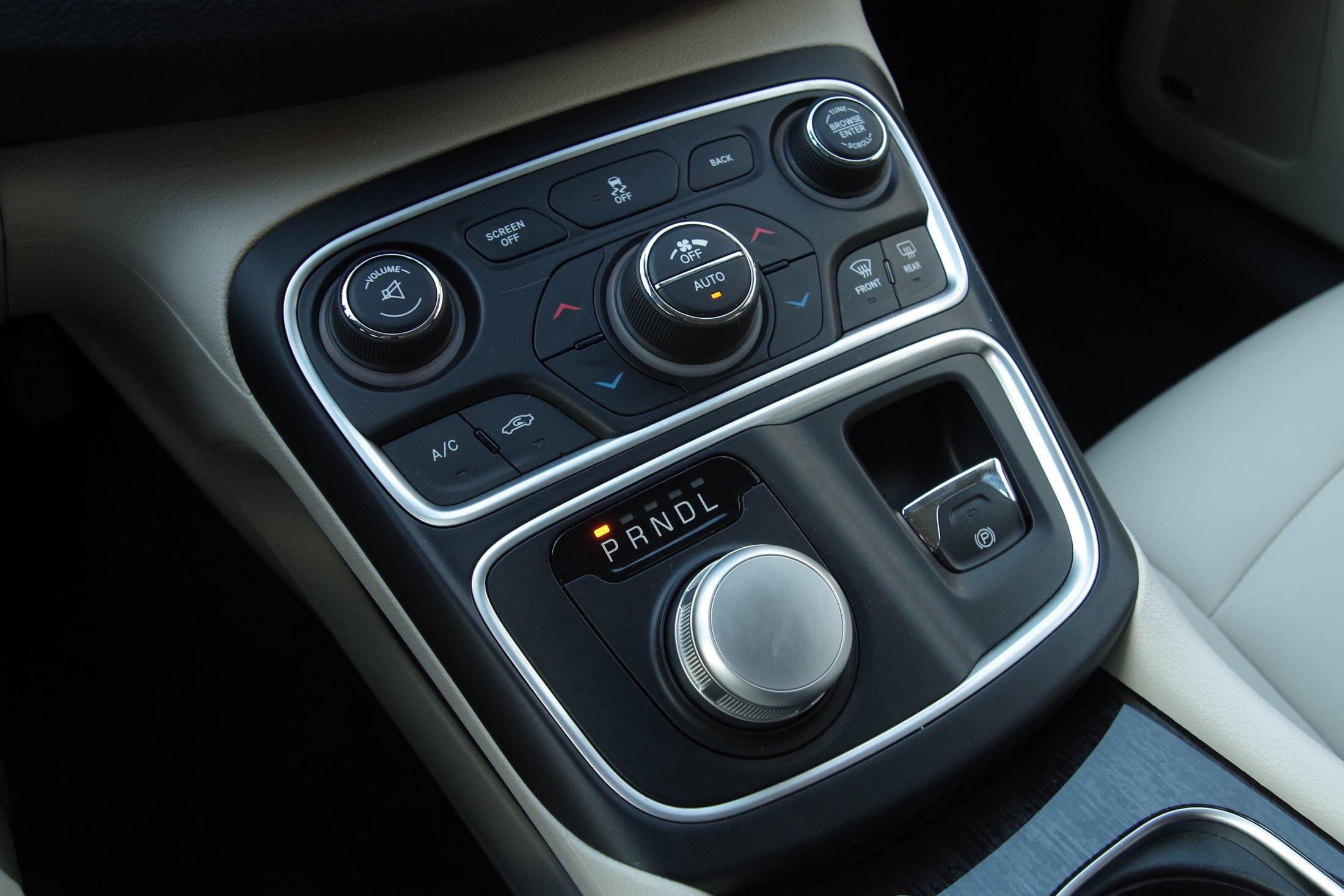 Chrysler 200 shifter
