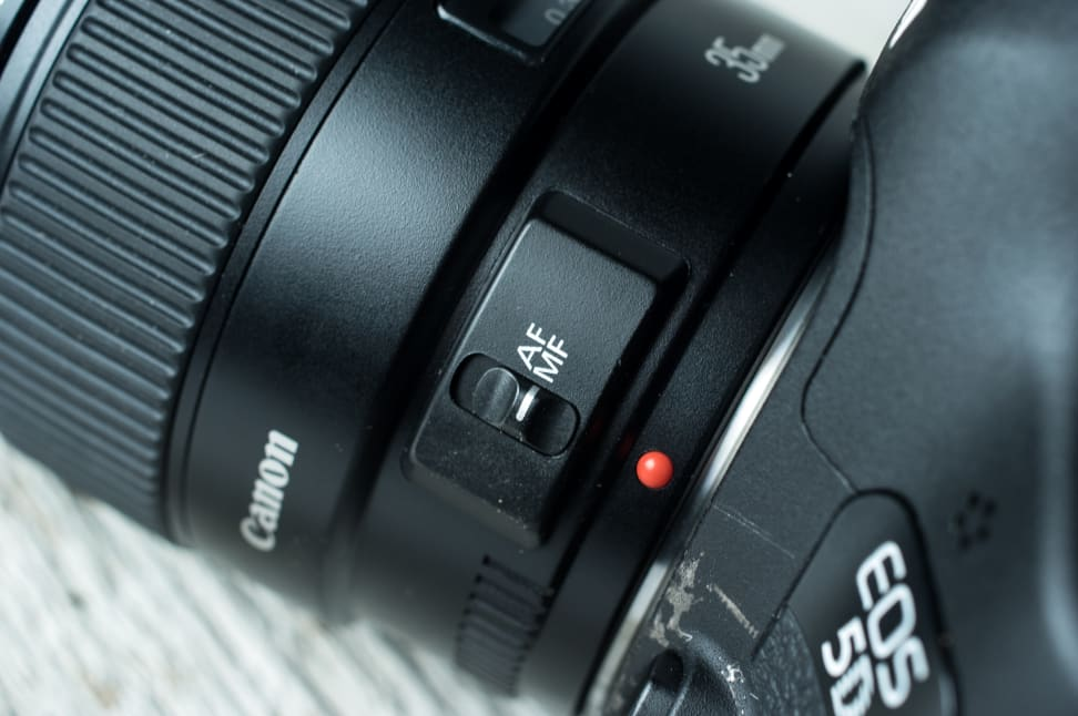 Canon 35mm f/1.4 Switch