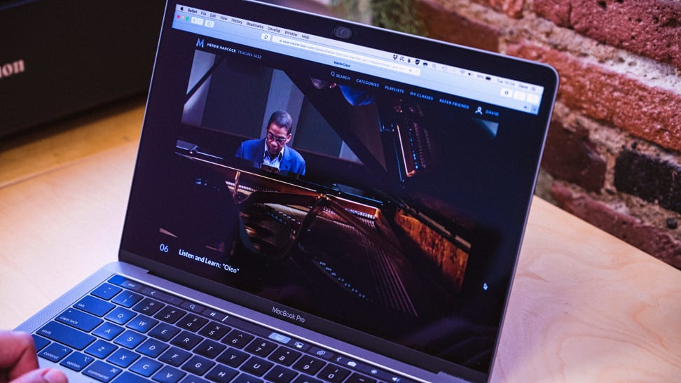 You can still save big on MasterClass this Black Friday 2020 weekend