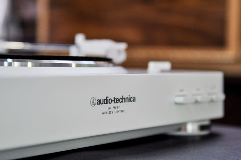 Audio-Technica AT LP60 BT turntable