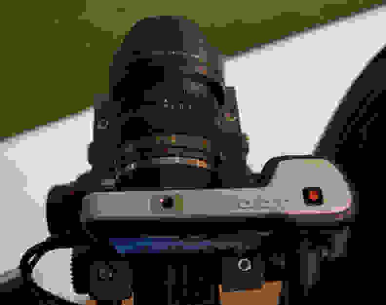 Blackmagic_Pocket_Camera_top.jpg