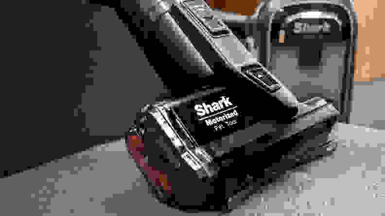 Shark Apex AZ1002