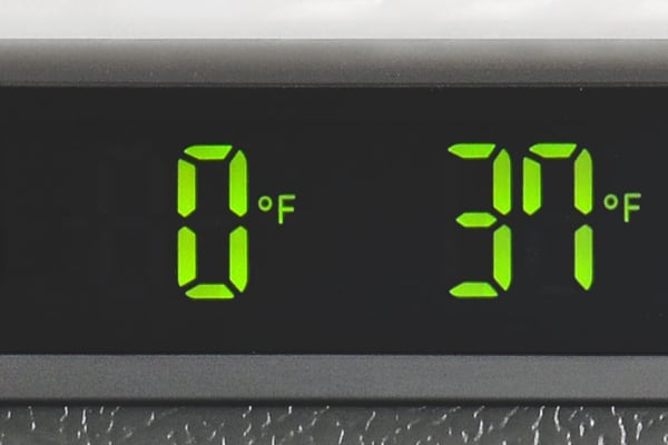 Without any bells and whistles to speak of beyond an ice maker, the LG LDCS24223S's controls are kept incredibly simple.