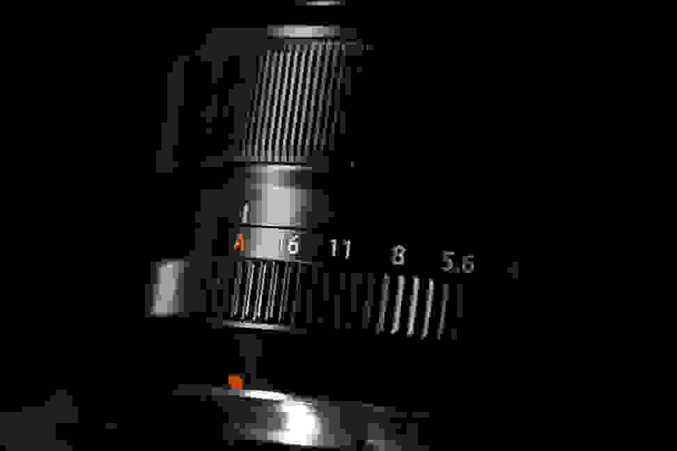 fuji-35mm-f1p4-review-design-rings.jpg