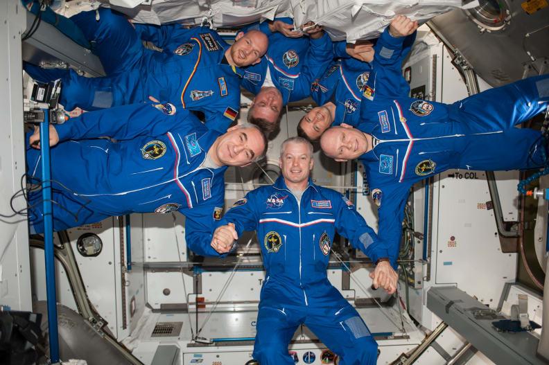 Expedition 40 Flight Crew Portrait.jpg