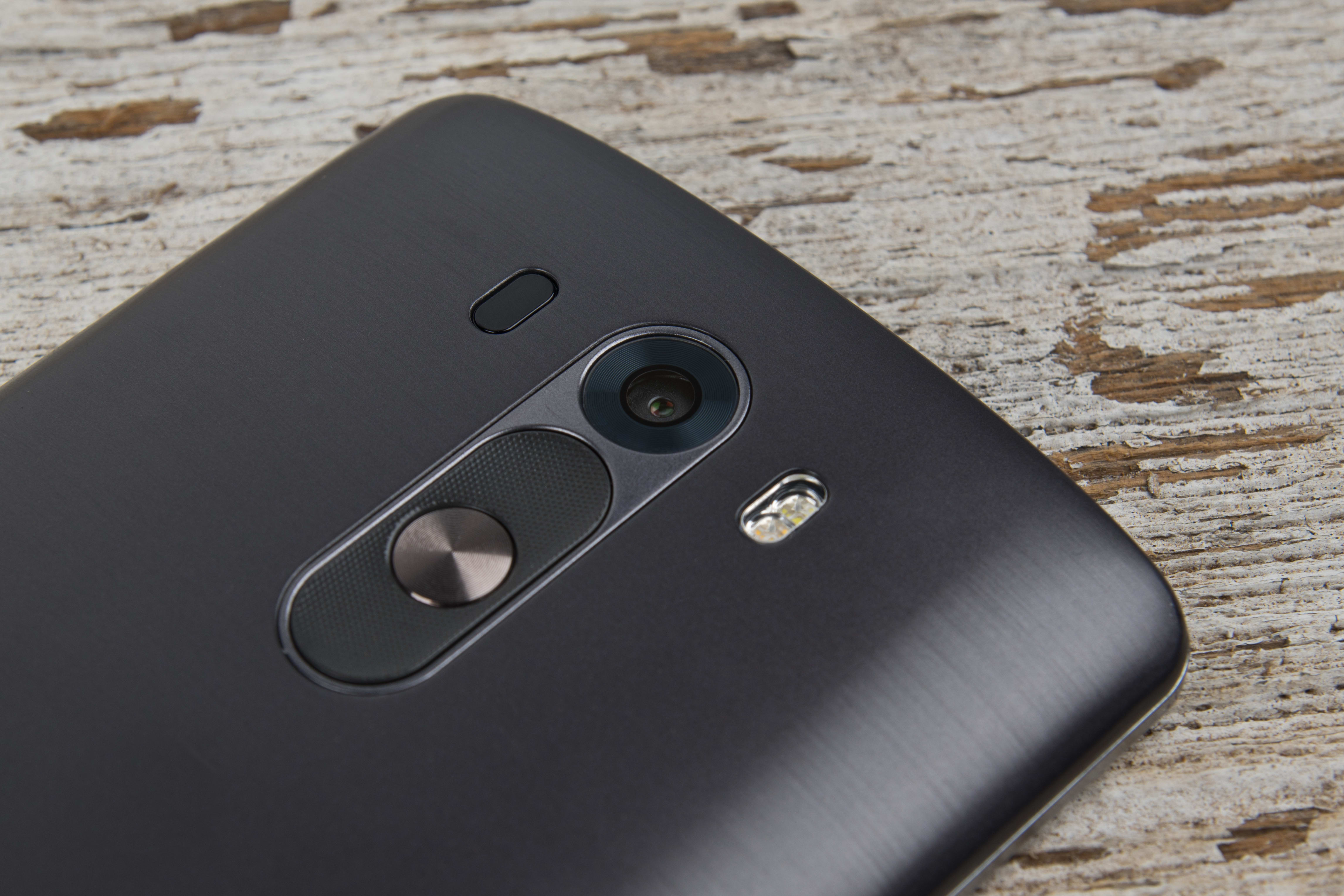 A close-up photo of the LG G3's camera.