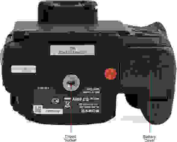 SONY-SLT-A55V-bottom.jpg