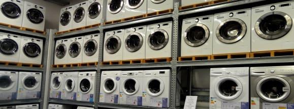 Washers on shelves hero flickr yercombe