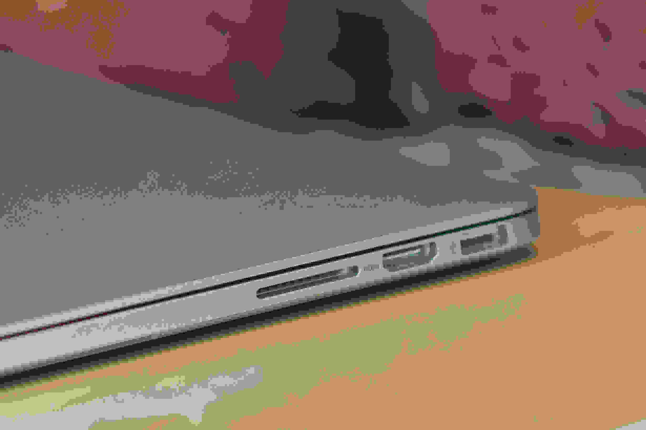 A picture of the Apple MacBook Pro with Retina Display's SDXC card slot.