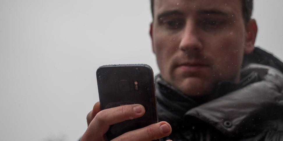 Samsung Galaxy S7 In Use