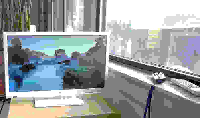 Seiki-SE24FE01-Establishing.jpg