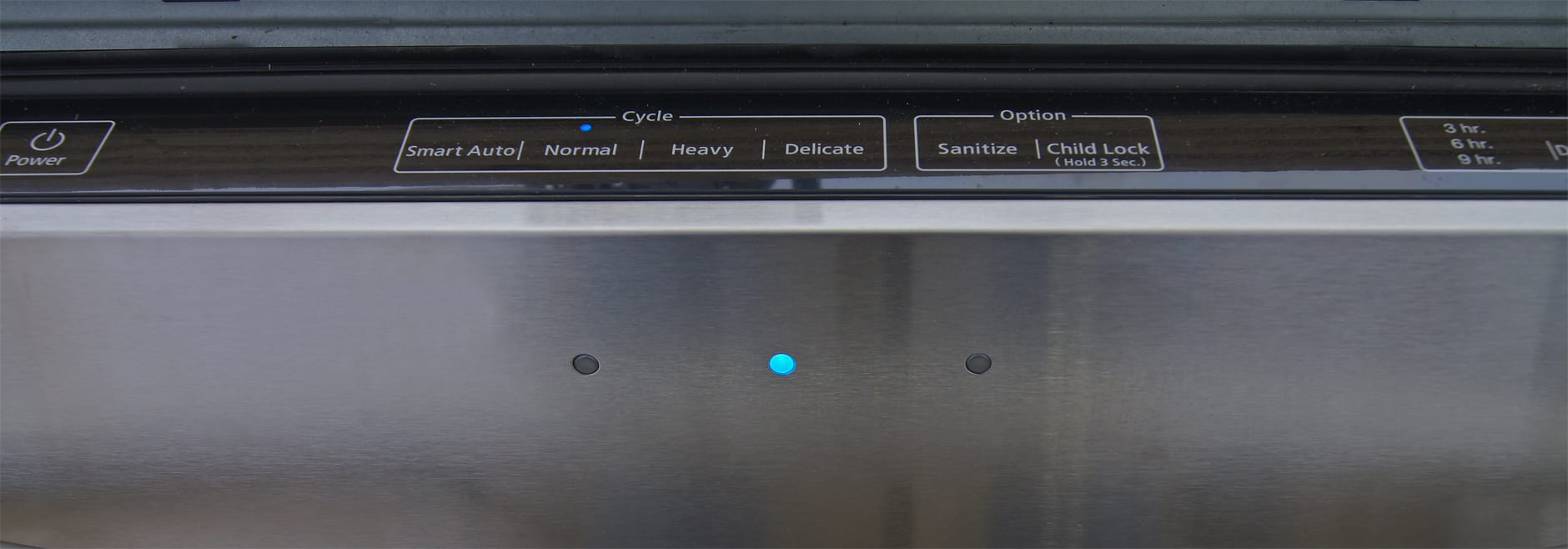 Indicator lights on the Samsung DW80F600UTS's front for showing wash progress