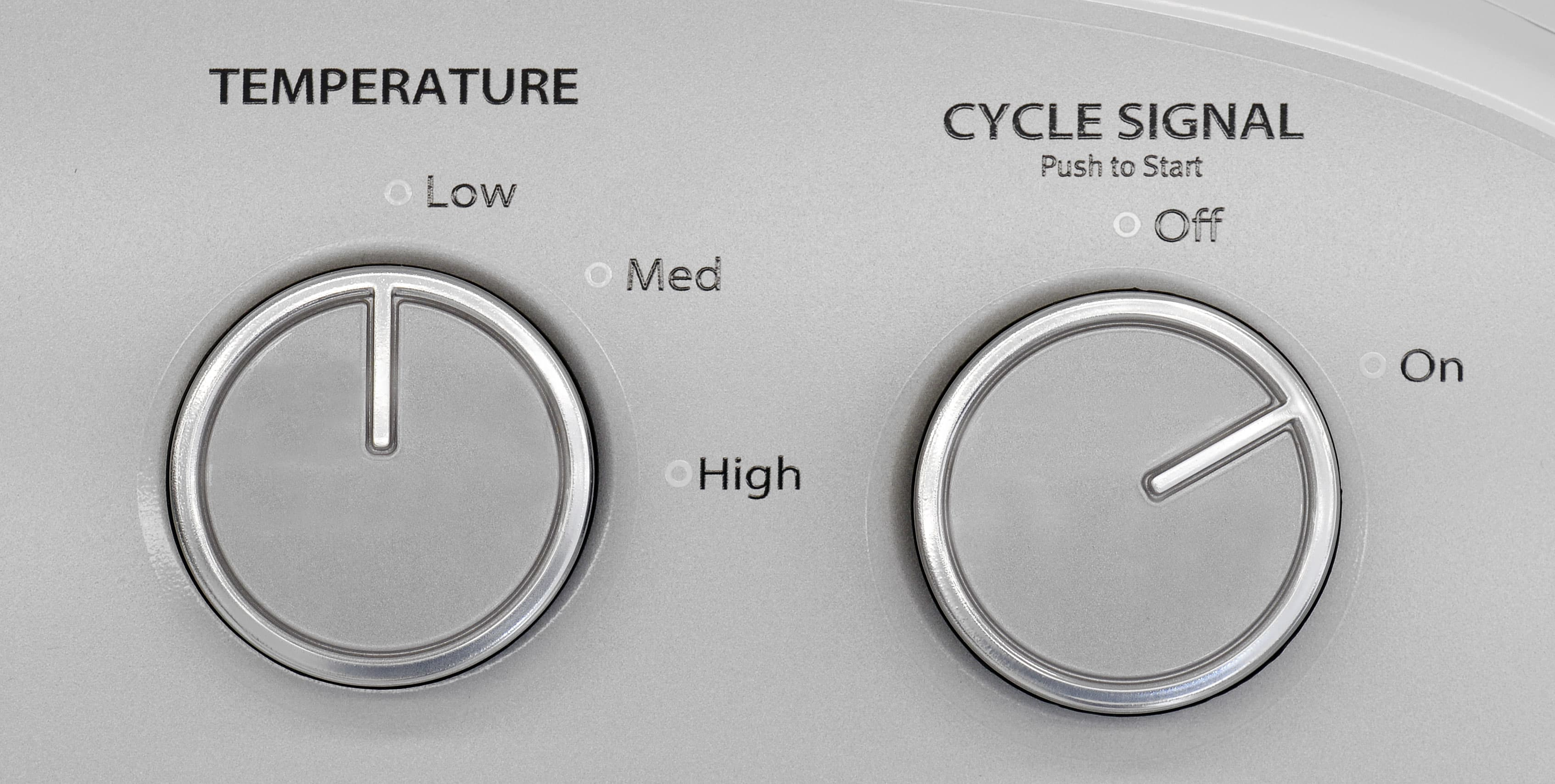 Three temperature settings are all the cycle customizability the Whirlpool WED4815EW offers.