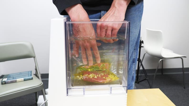 Mellow sous vide machine with bag