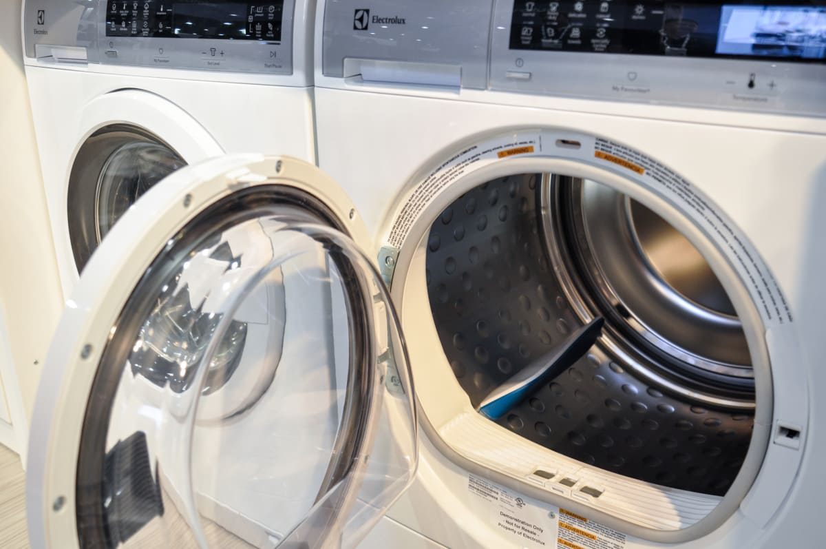 Everything You Need To Know About Ventless Dryers In 2017 Reviewed 220 Volt Electric Dryer Wiring Diagram Blow Drying While More Efficient Are Substantially Smaller Most Only Have A Drum Capacity Of 4 Cubic Feet