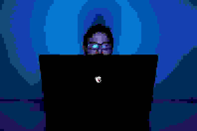 MSI-Ghost-Review-Design-user.jpg