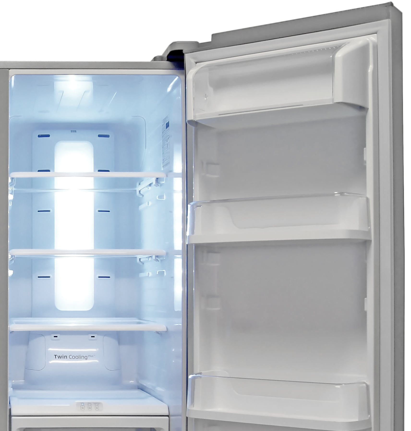 The Samsung RS25H5121SR's fridge compartment is exceptionally roomy.