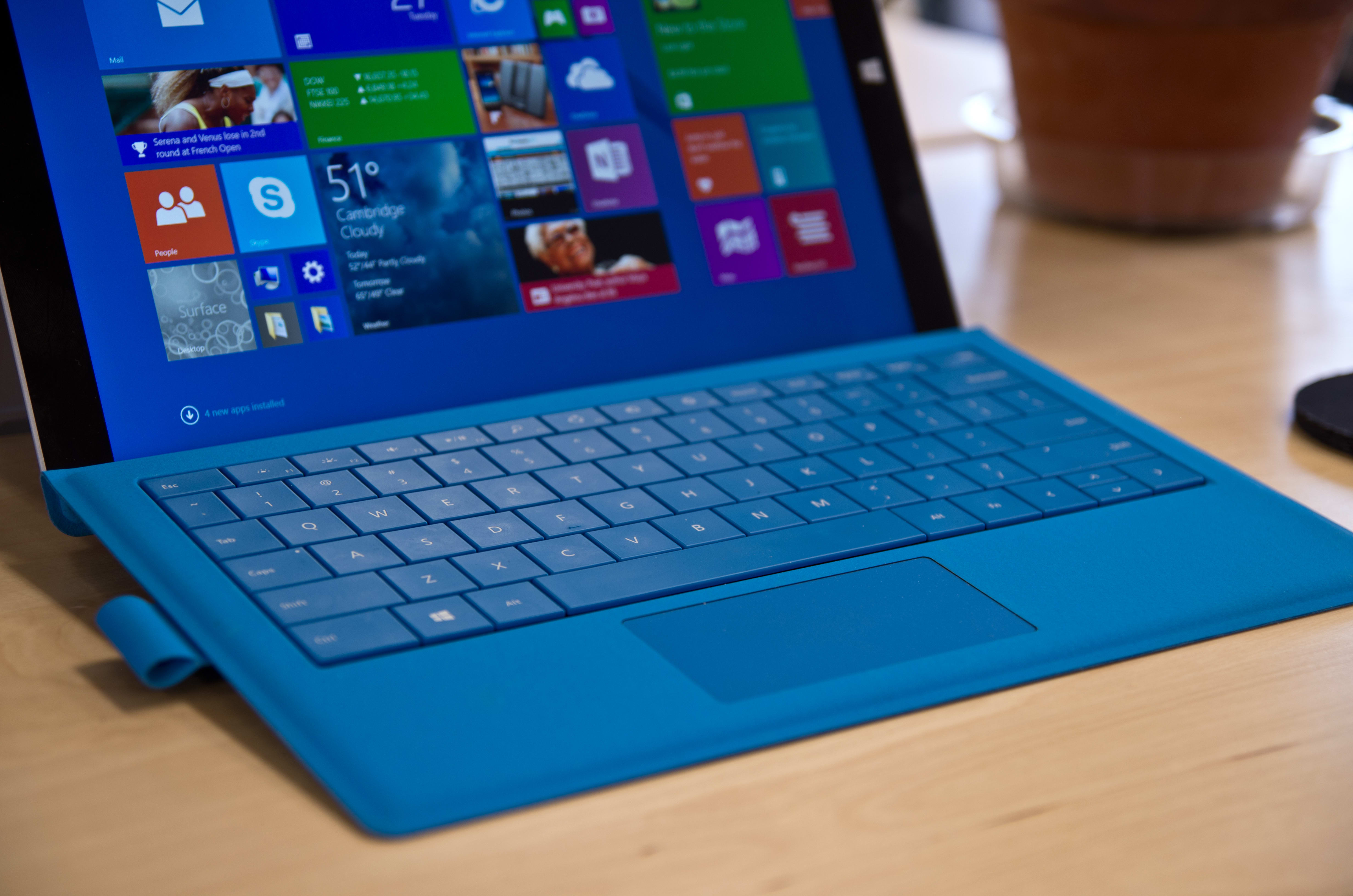 A closer look at the Microsoft Surface Pro 3's type cover.