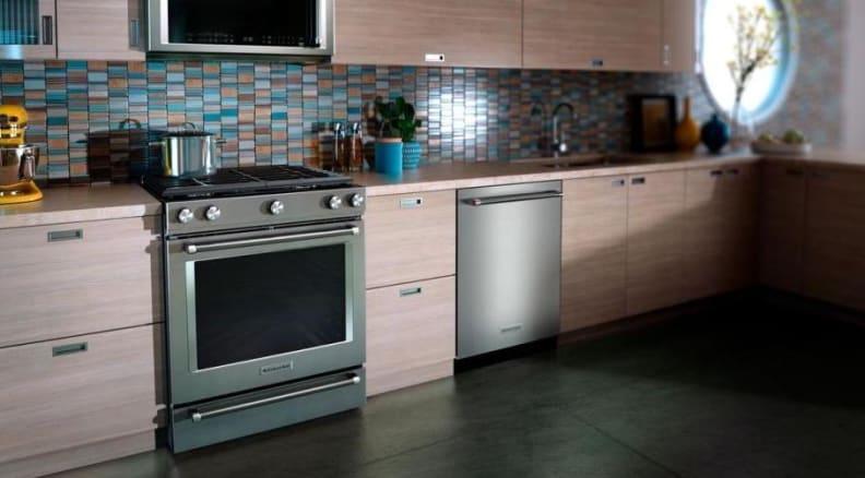 KitchenAid KSDB900ESS dual-fuel range