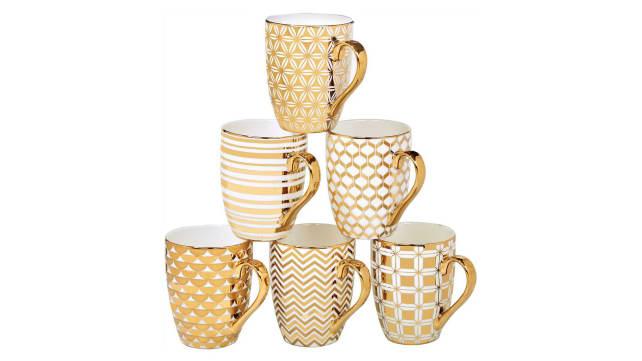 Certified International Gold Mug Set