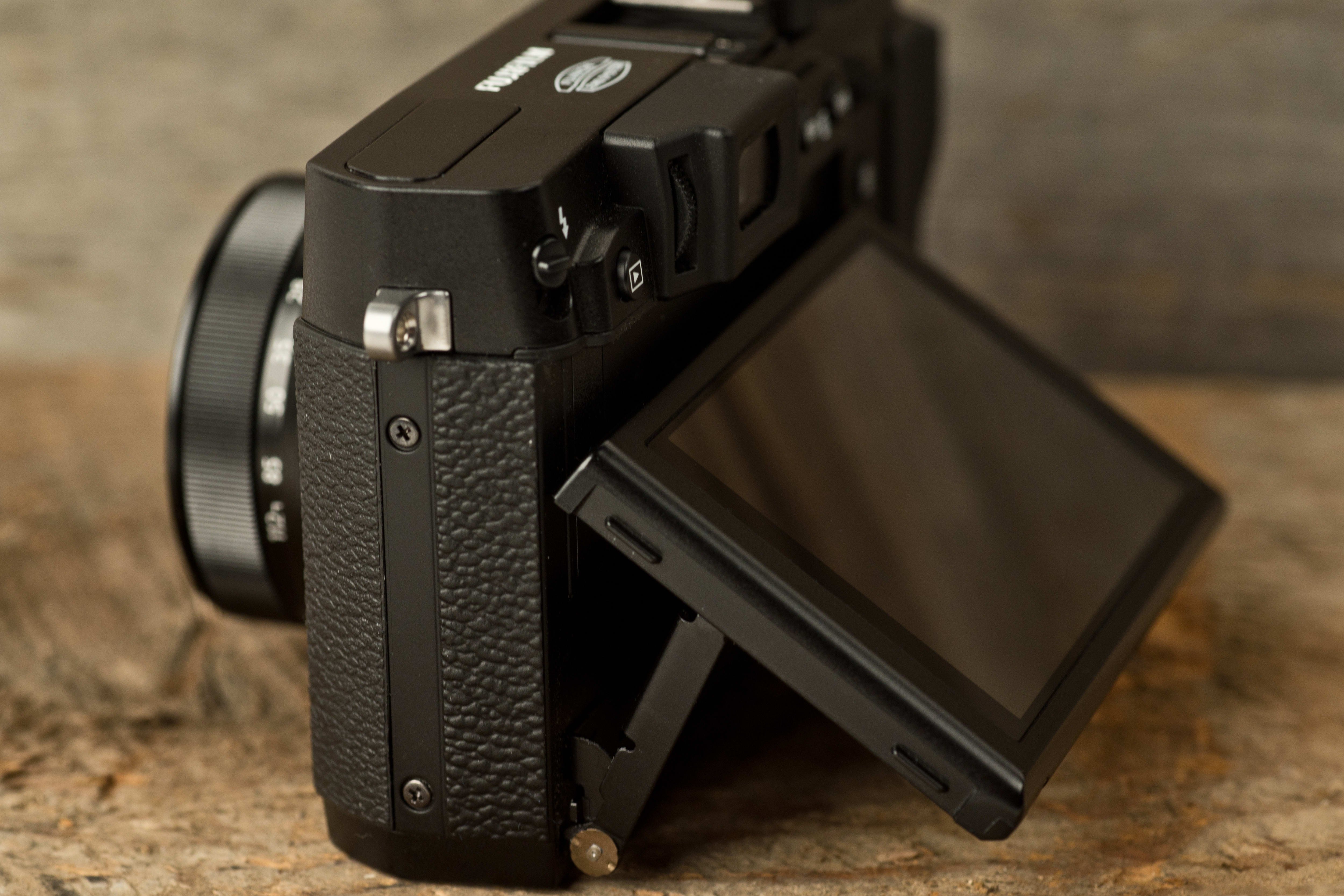 A photo of the Fujifilm X30's tilting screen.