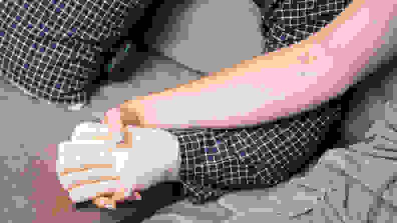 Boyfriend Pillow hand